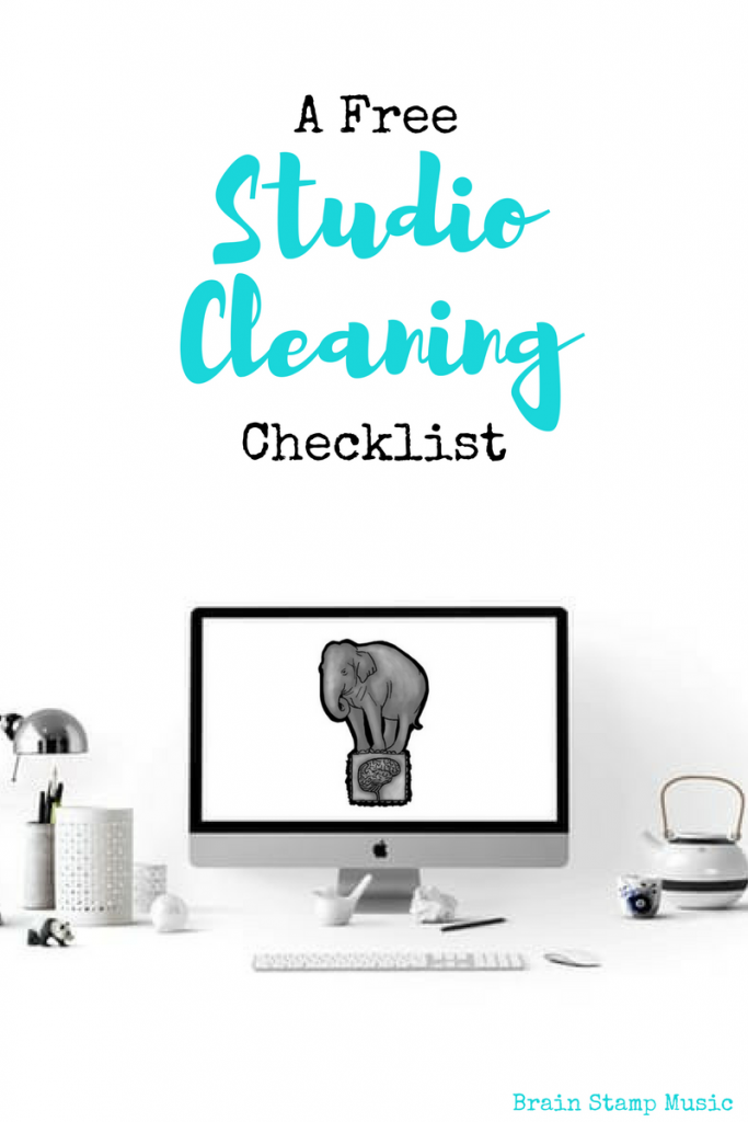 A free checklist to keep your studio spotless