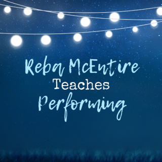 Performing Live – Reba McEntire's Best Tips (MasterClass Review)