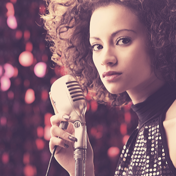 Top Things to Consider Before Hiring a Session Singer
